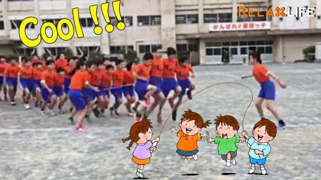 Chơi nhảy dây cả lớp là như thế nào