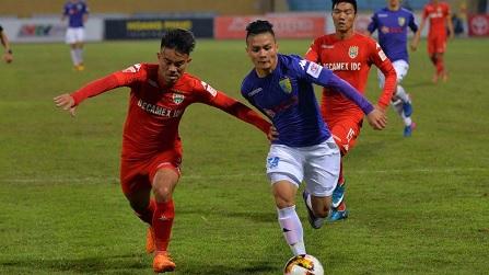 Ngôi sao U23 Việt Nam Quang Hải Gục Ngã Trước Đàn Anh Tại V.League