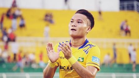 Bàn Thắng Của Ronaldo Việt Nam Giúp TP. HCM Vượt Ải Khánh Hòa
